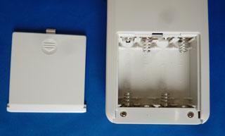 受信機裏面の電池ボックス